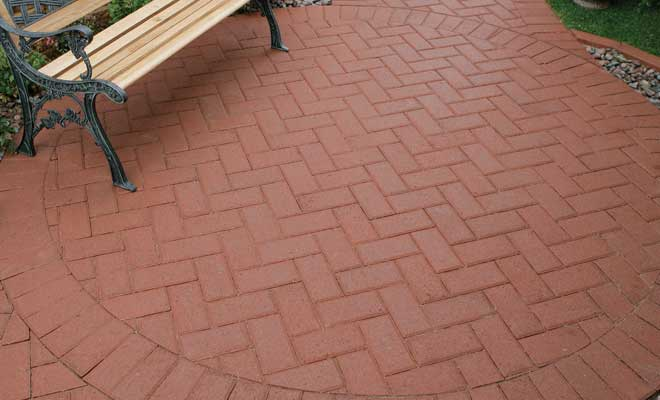 Superbe ... Holland Red Paver ...